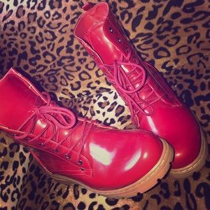Red moto boots